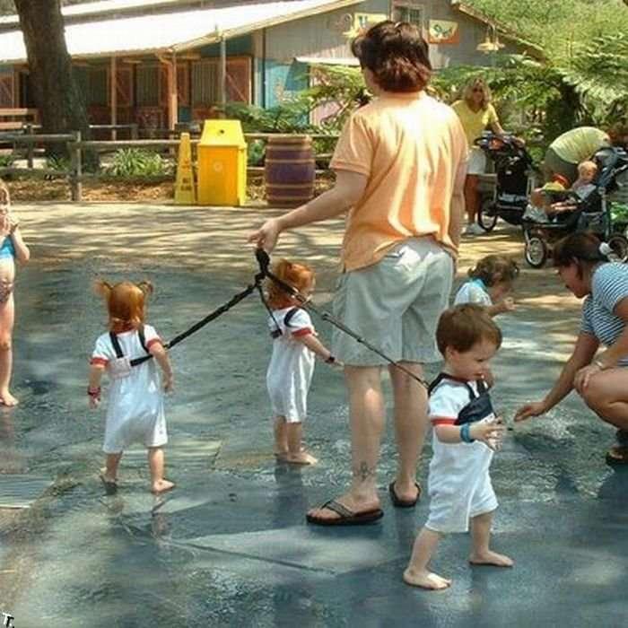 Как не надо воспитывать детей (56 фото)