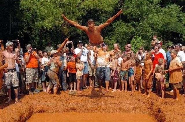 Как народ развлекается в деревне (90 фото)