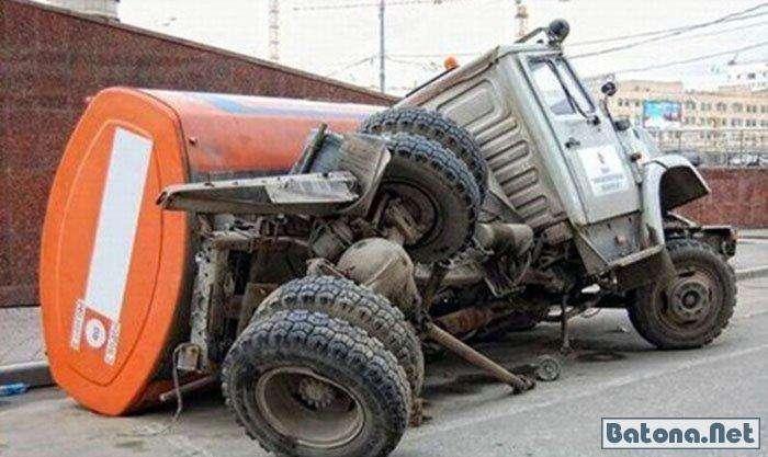 Смешные аварии (60 фото)