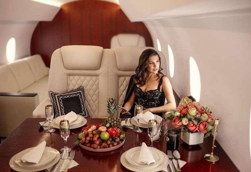 Поддельный салон частного самолета в Питере для любителей понтов МиР
