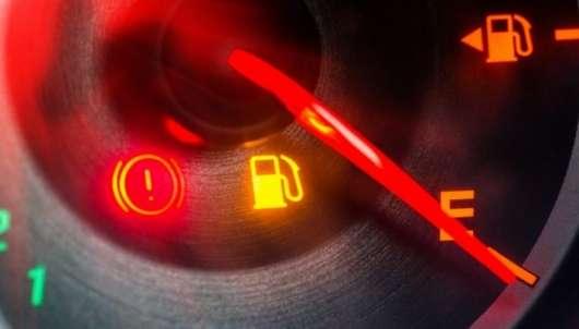 Вот почему многие способы сэкономить топливо – это абсурд Полезные советы,топливо,экономия