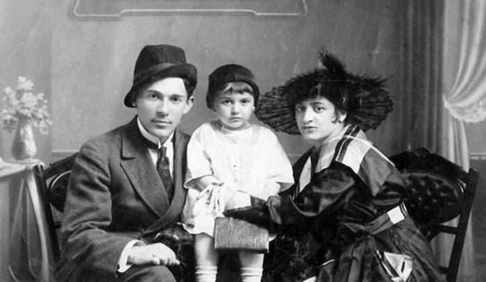 Неуёмные поклонницы, брошенная невеста и поздний брак Леонида Утёсова