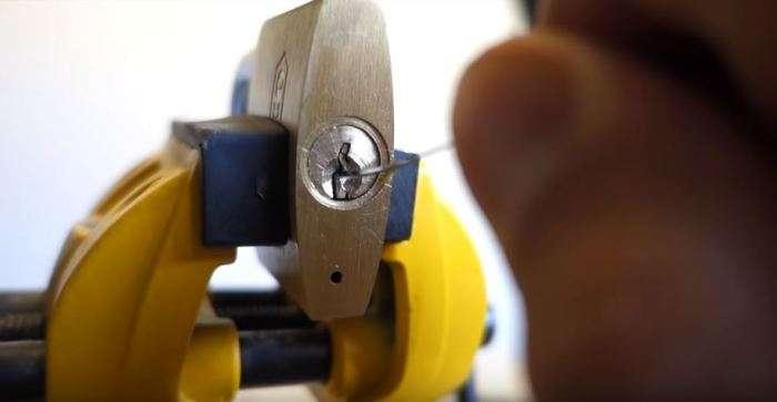5 способов извлечь застрявший в замке сломанный ключ автомобили,Полезные советы