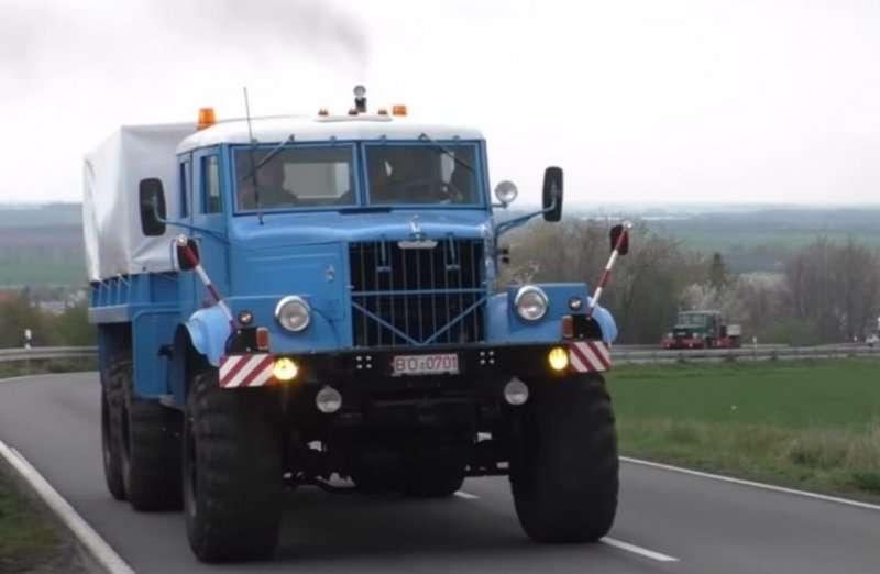Автопробег грузовых автомобилей марки КрАЗ в Германии